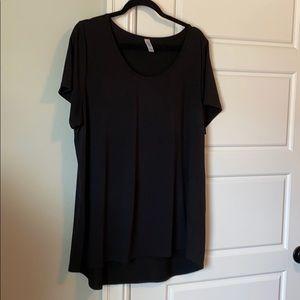 LulaRoe Black Tee Size 2X